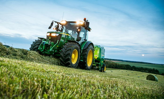 Rynek ciągników styczeń - kwiecień 2018. John Deere z największą liczbą zarejestrowanych traktorów