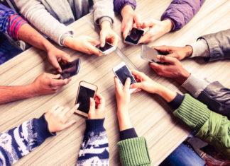 Na co zwrócić uwagę przy zakupie smartfona?