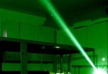 Laserowe wycinanie w metalu – pomysł na oryginalne wnętrze sklepowe