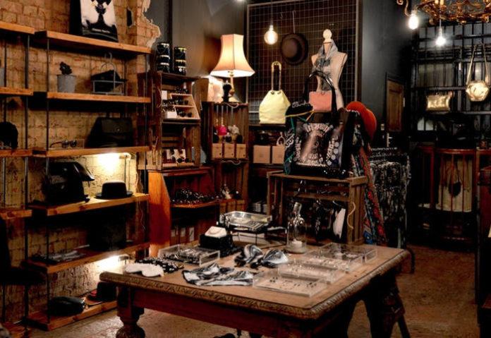 Podświetlane półki – jak zrobić je samodzielnie?
